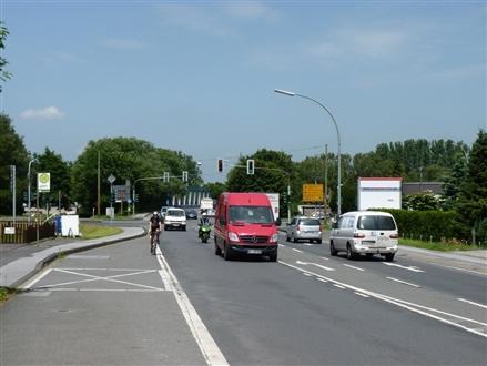 Recklinghäuser Str. (L 551)  VS / Flaesheimer Str. 6 (L 609), 45721, Bossendorf