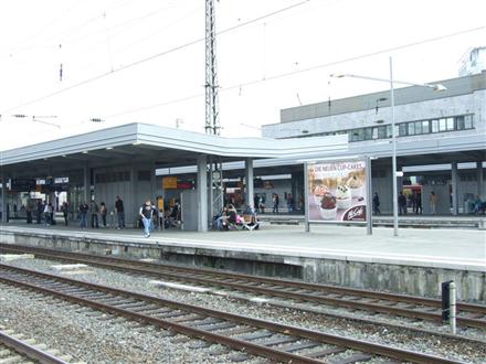 Hbf./Bstg. Gleis 4/Nh. Westtunnel/2. Sto., 45127, Südviertel