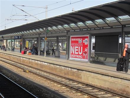 Hbf, Bstg., Gleis 5 b, 55116, Neustadt